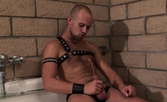 NASTYDADDY Naughty Scott Campbel Jerks Off Solo And Cums