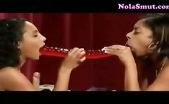 Dee and Jemeni Ebony Lesbians Fun