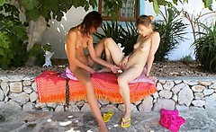 Two russian lesb girls dildoing